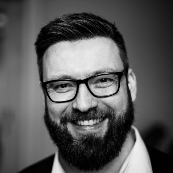 Portrait photo of Hannes Kleist